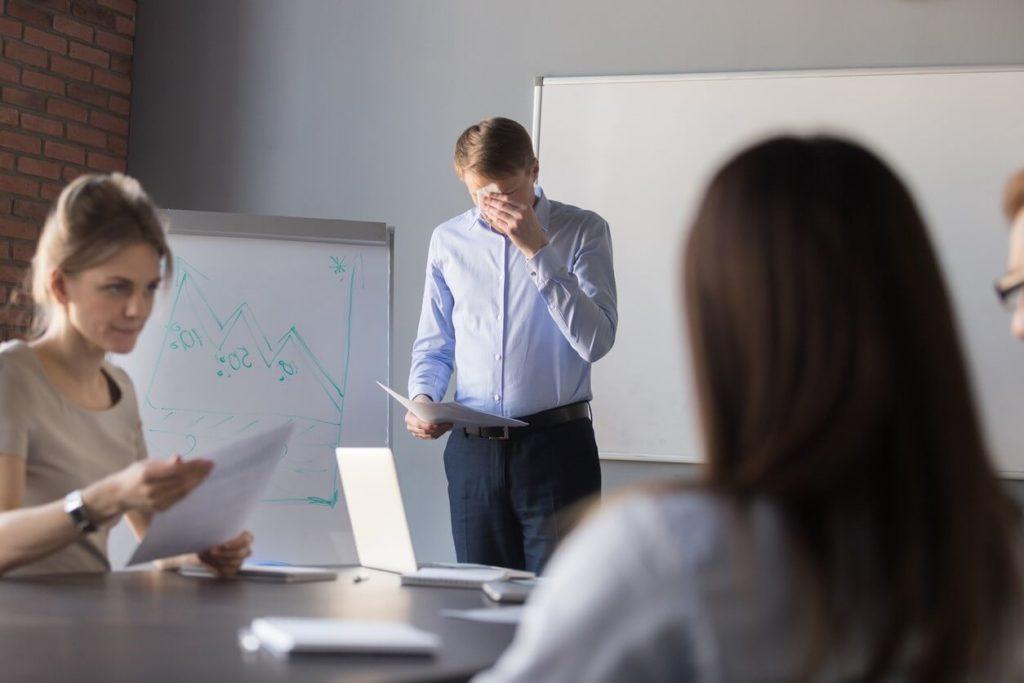 Autohypnose : Comment surmonter la peur de parler en public ?